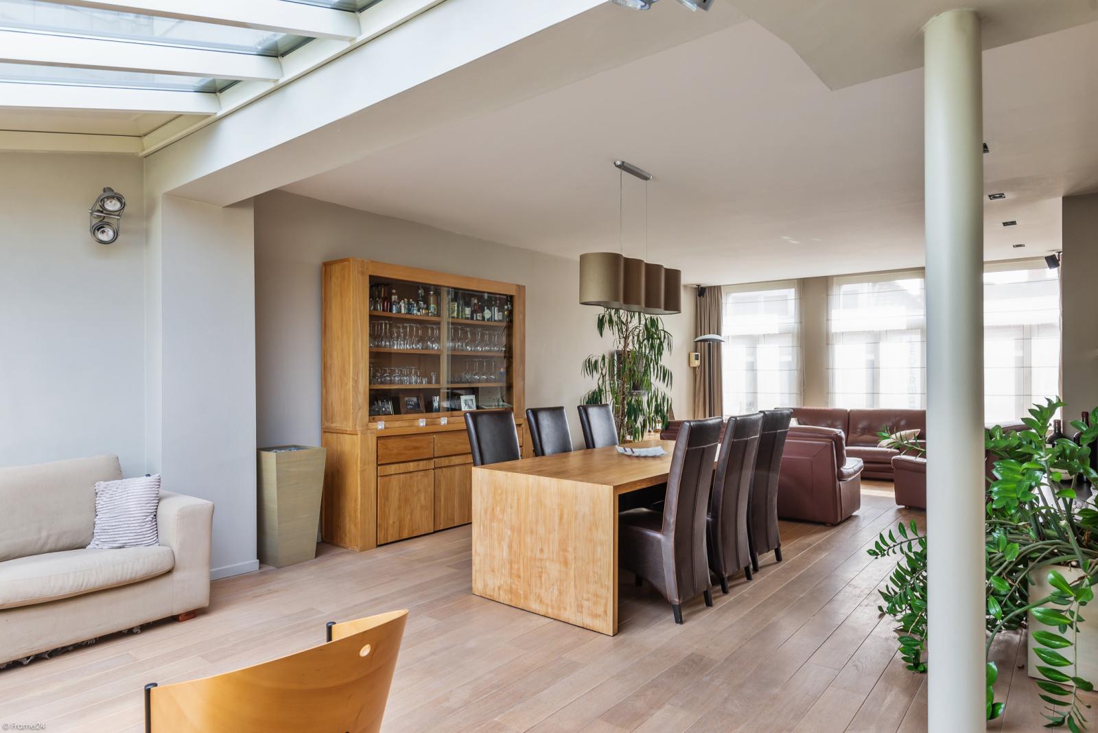 Riant eigendom bestaande uit een handelsgelijkvloers en duplex-appartement op een zeer centrale locatie te Kapellen! afbeelding 17