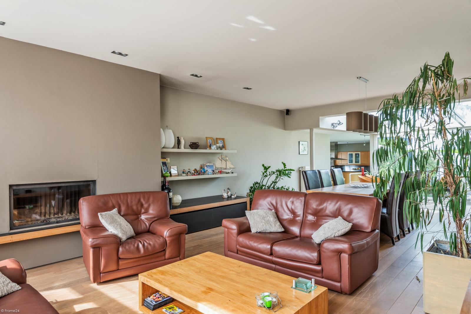 Riant eigendom bestaande uit een handelsgelijkvloers en duplex-appartement op een zeer centrale locatie te Kapellen! afbeelding 21