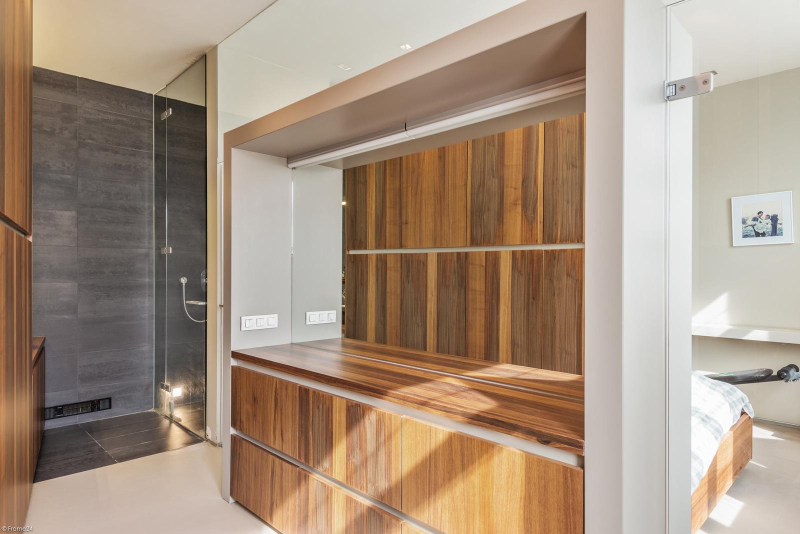 Riant eigendom bestaande uit een handelsgelijkvloers en duplex-appartement op een zeer centrale locatie te Kapellen! afbeelding 24