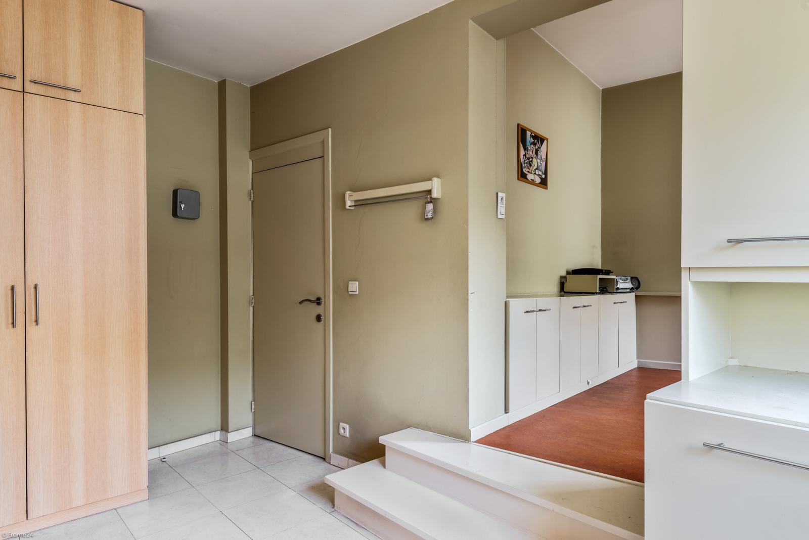 Riant eigendom bestaande uit een handelsgelijkvloers en duplex-appartement op een zeer centrale locatie te Kapellen! afbeelding 27