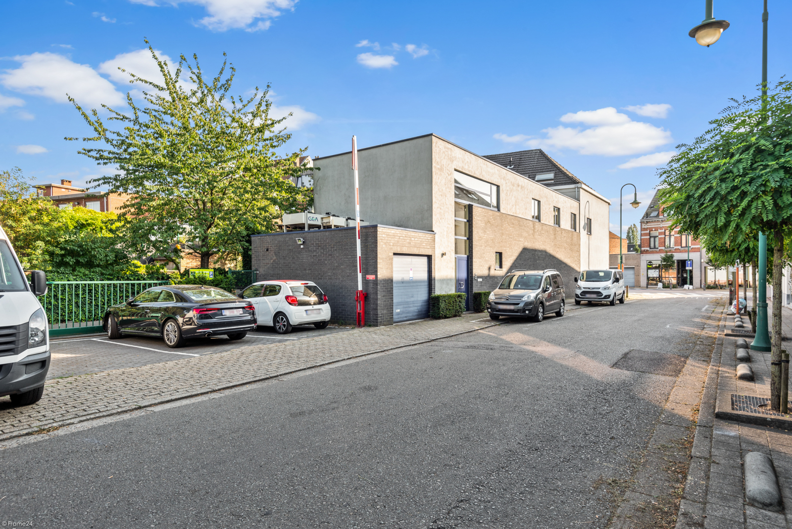 Riant eigendom bestaande uit een handelsgelijkvloers en duplex-appartement op een zeer centrale locatie te Kapellen! afbeelding 33
