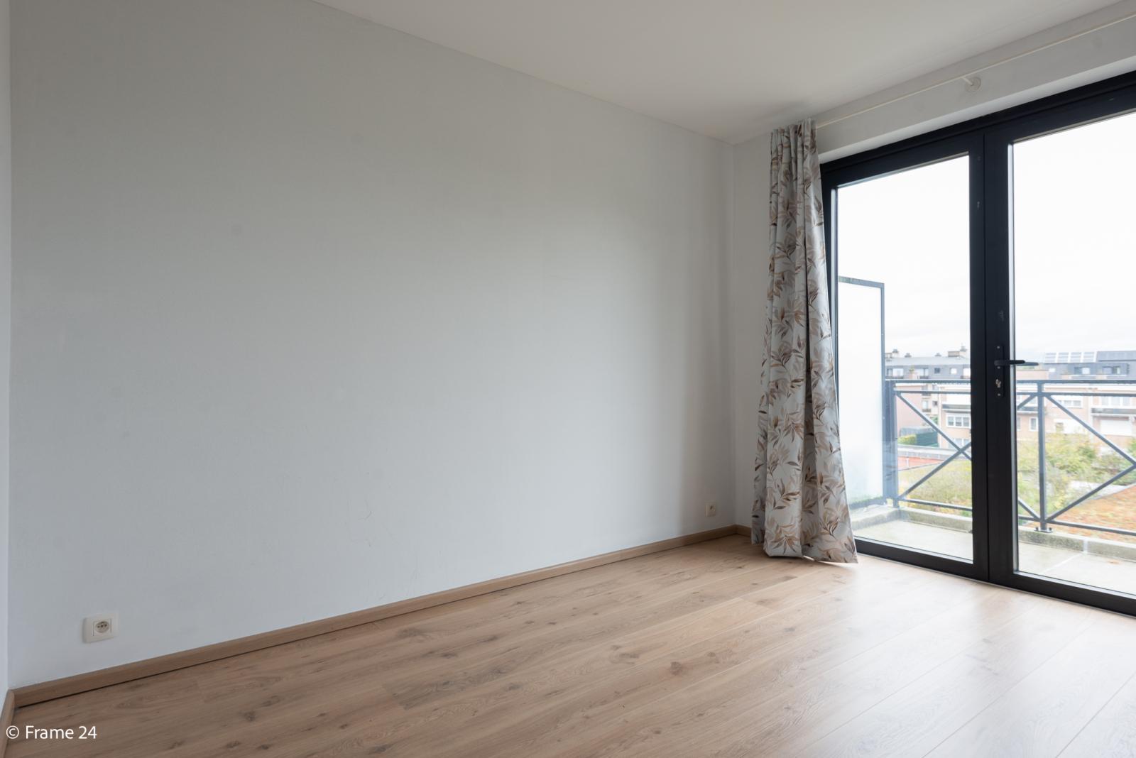 Nieuw appartement met twee slaapkamers en twee terrassen op centrale locatie te Schoten! afbeelding 12