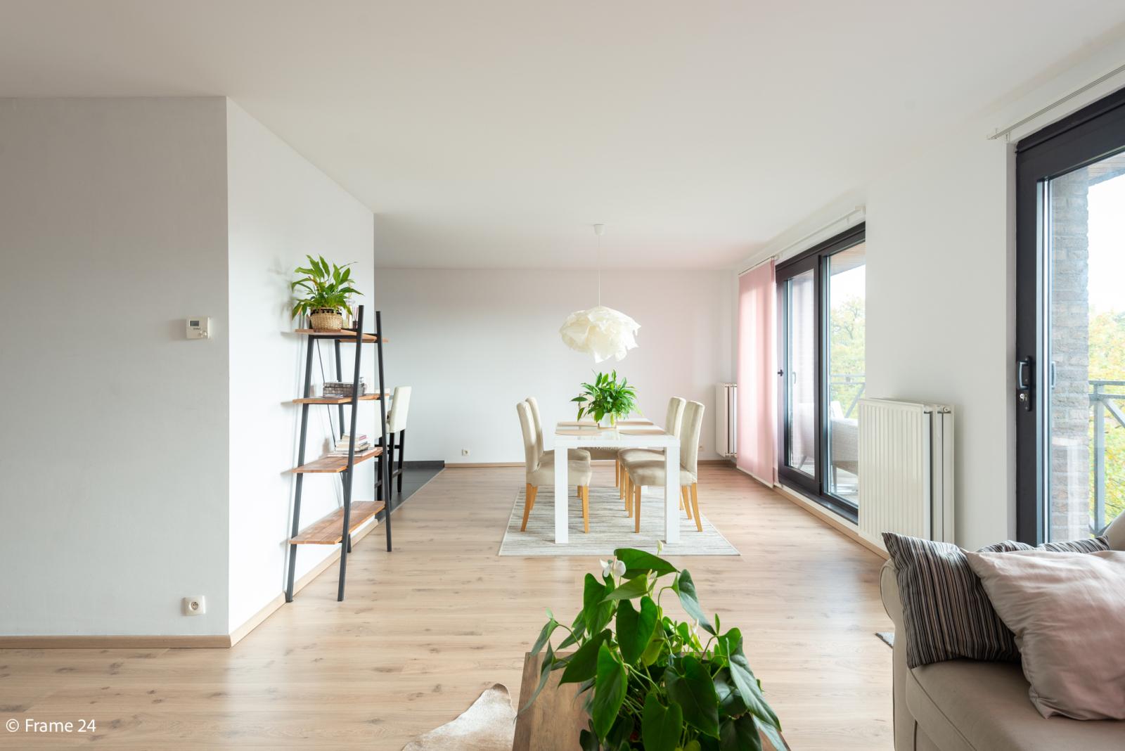 Nieuw appartement met twee slaapkamers en twee terrassen op centrale locatie te Schoten! afbeelding 2