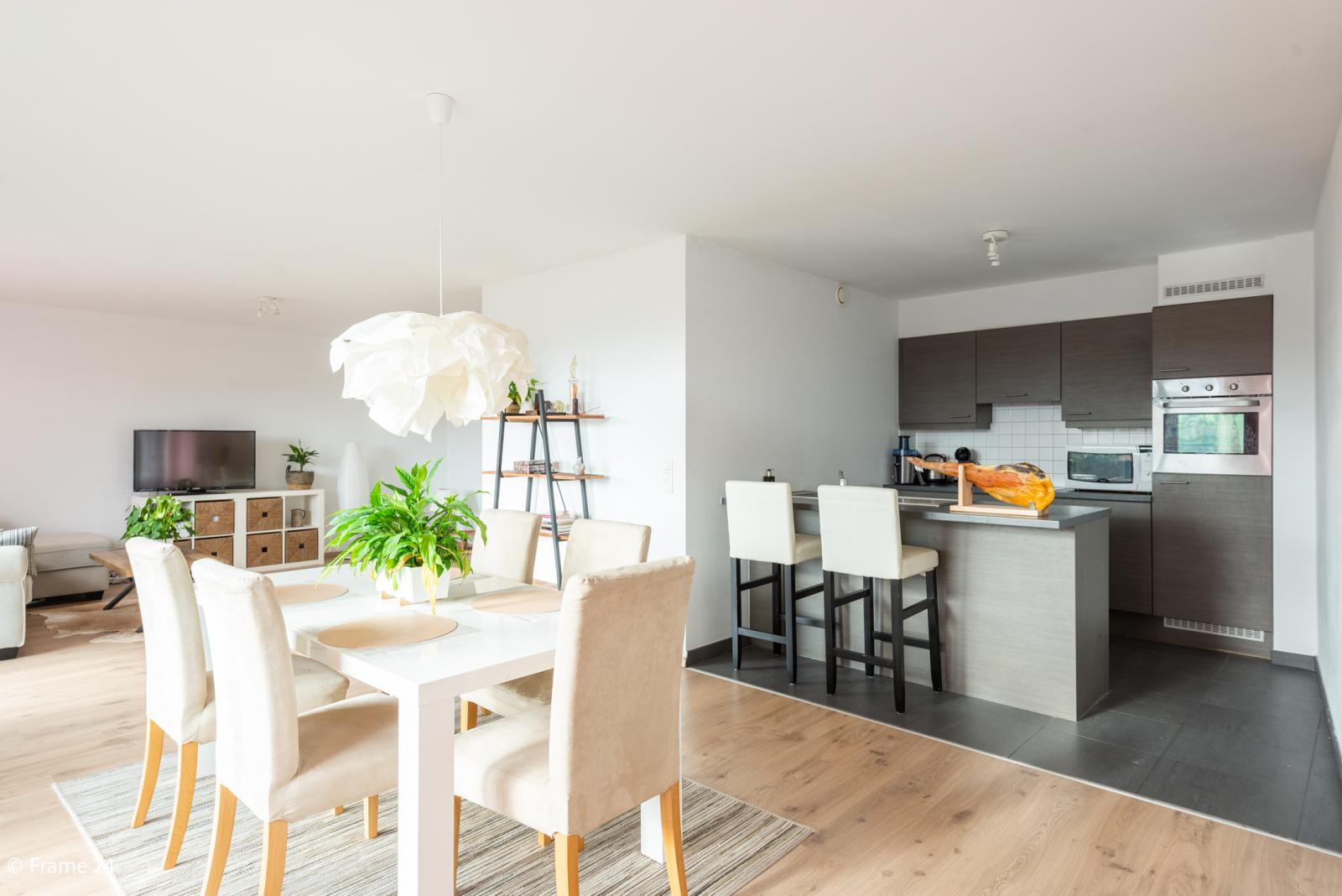 Nieuw appartement met twee slaapkamers en twee terrassen op centrale locatie te Schoten! afbeelding 1