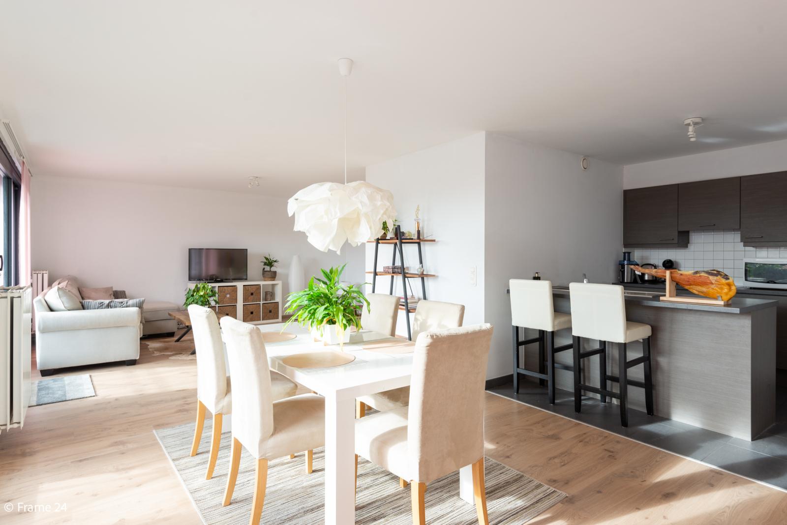 Nieuw appartement met twee slaapkamers en twee terrassen op centrale locatie te Schoten! afbeelding 5