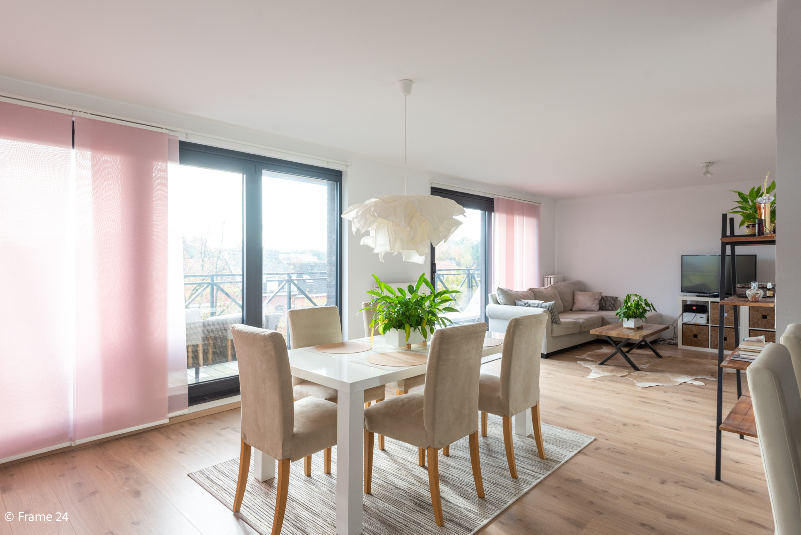 Nieuw appartement met twee slaapkamers en twee terrassen op centrale locatie te Schoten! afbeelding 4