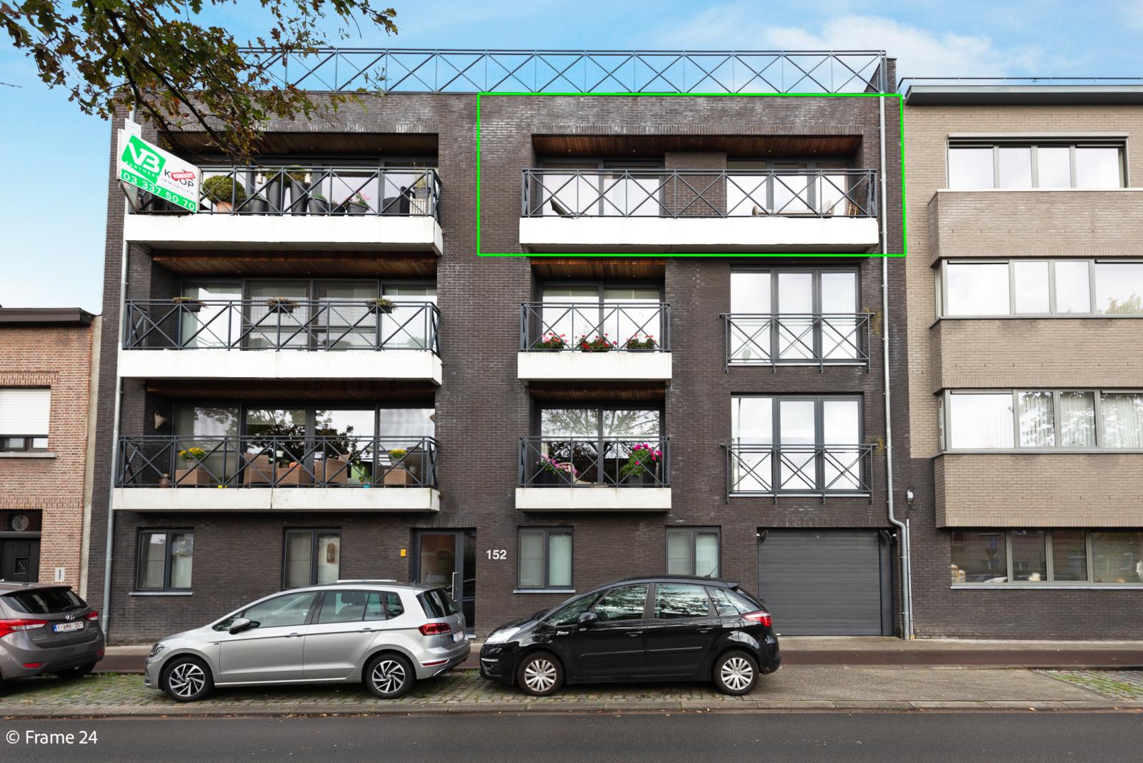 Nieuw appartement met twee slaapkamers en twee terrassen op centrale locatie te Schoten! afbeelding 16