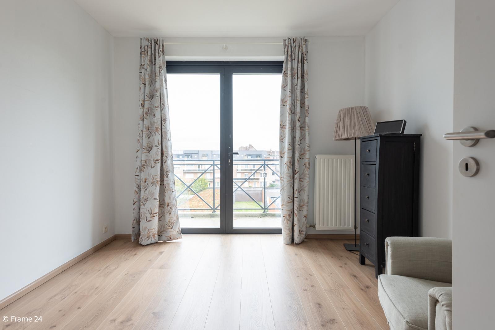 Nieuw appartement met twee slaapkamers en twee terrassen op centrale locatie te Schoten! afbeelding 13