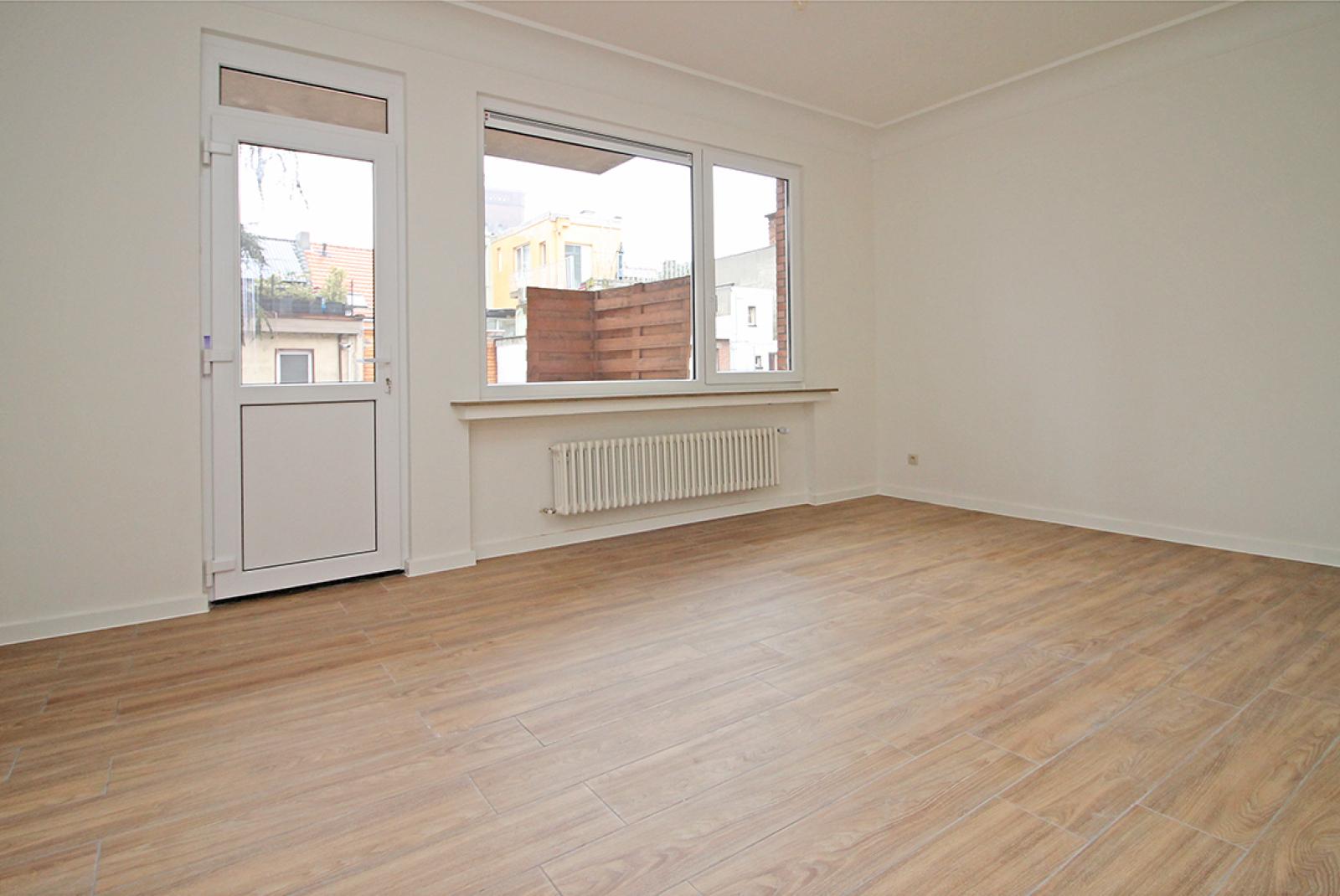 Mooi gerenoveerd appartement met 2 slaapkamers en terras afbeelding 4