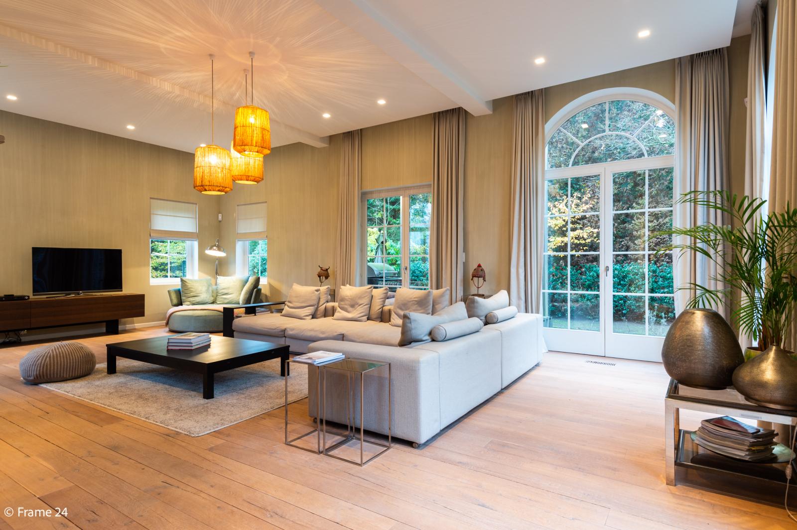 Luxueuze en lichtrijke villa op uitstekende locatie afbeelding 3