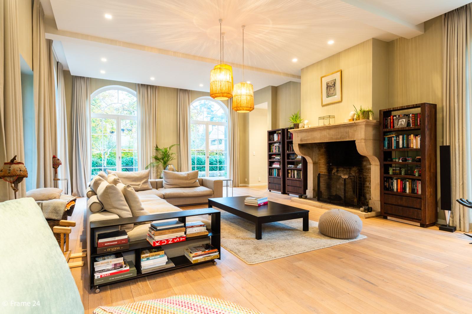 Luxueuze en lichtrijke villa op uitstekende locatie afbeelding 1