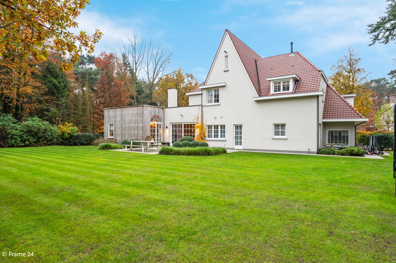 Luxueuze en lichtrijke villa op uitstekende locatie afbeelding 31