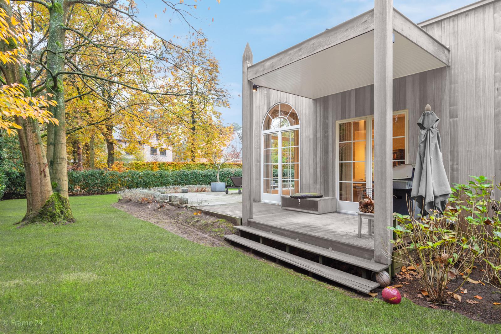 Luxueuze en lichtrijke villa op uitstekende locatie afbeelding 35