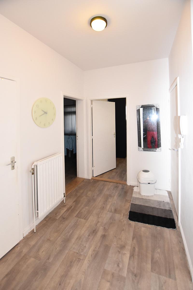 Verzorgd appartement met twee slaapkamers en terras te Wilrijk! afbeelding 7