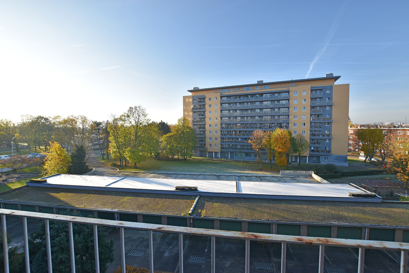 Verzorgd appartement met twee slaapkamers en terras te Wilrijk! afbeelding 16