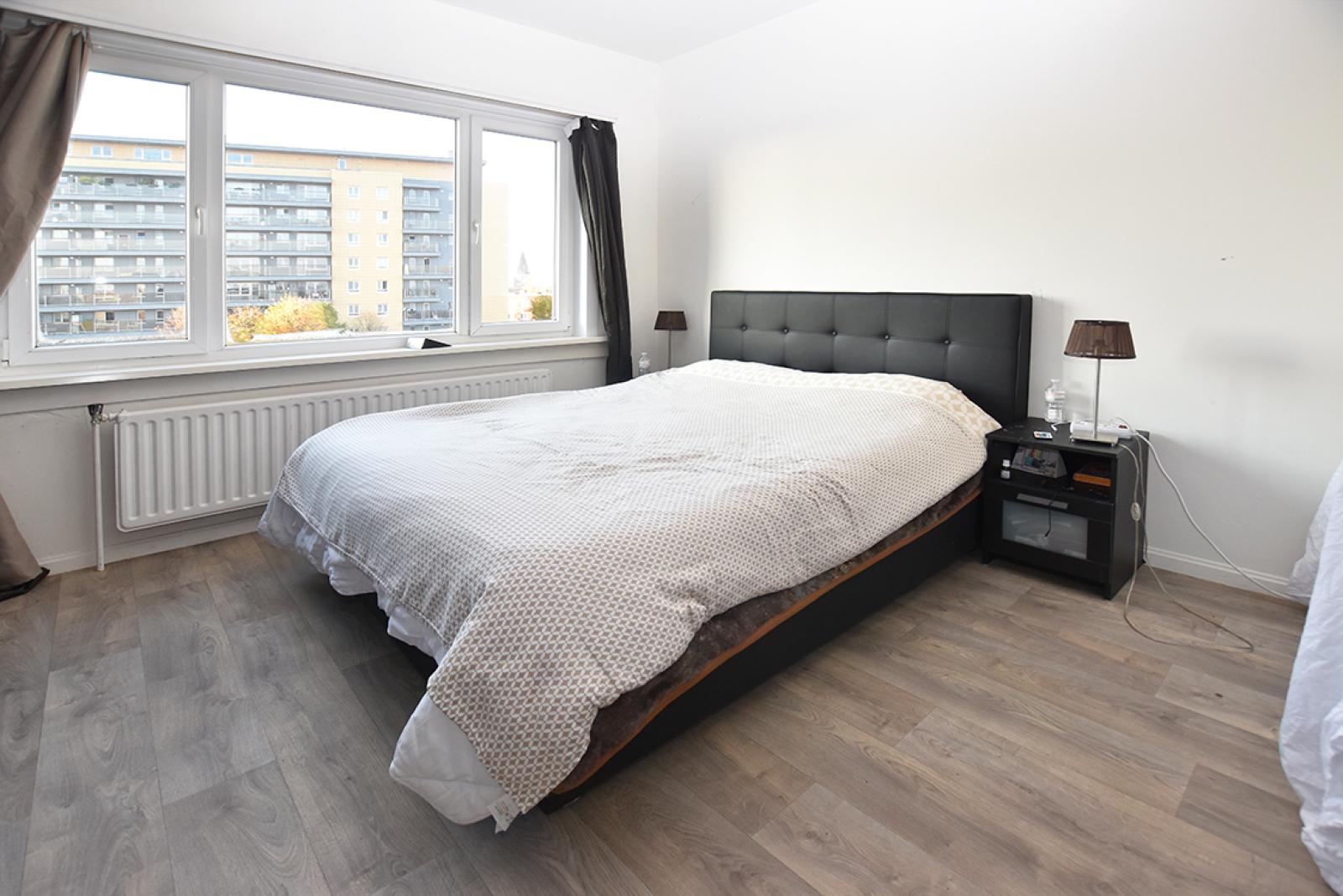 Verzorgd appartement met twee slaapkamers en terras te Wilrijk! afbeelding 9