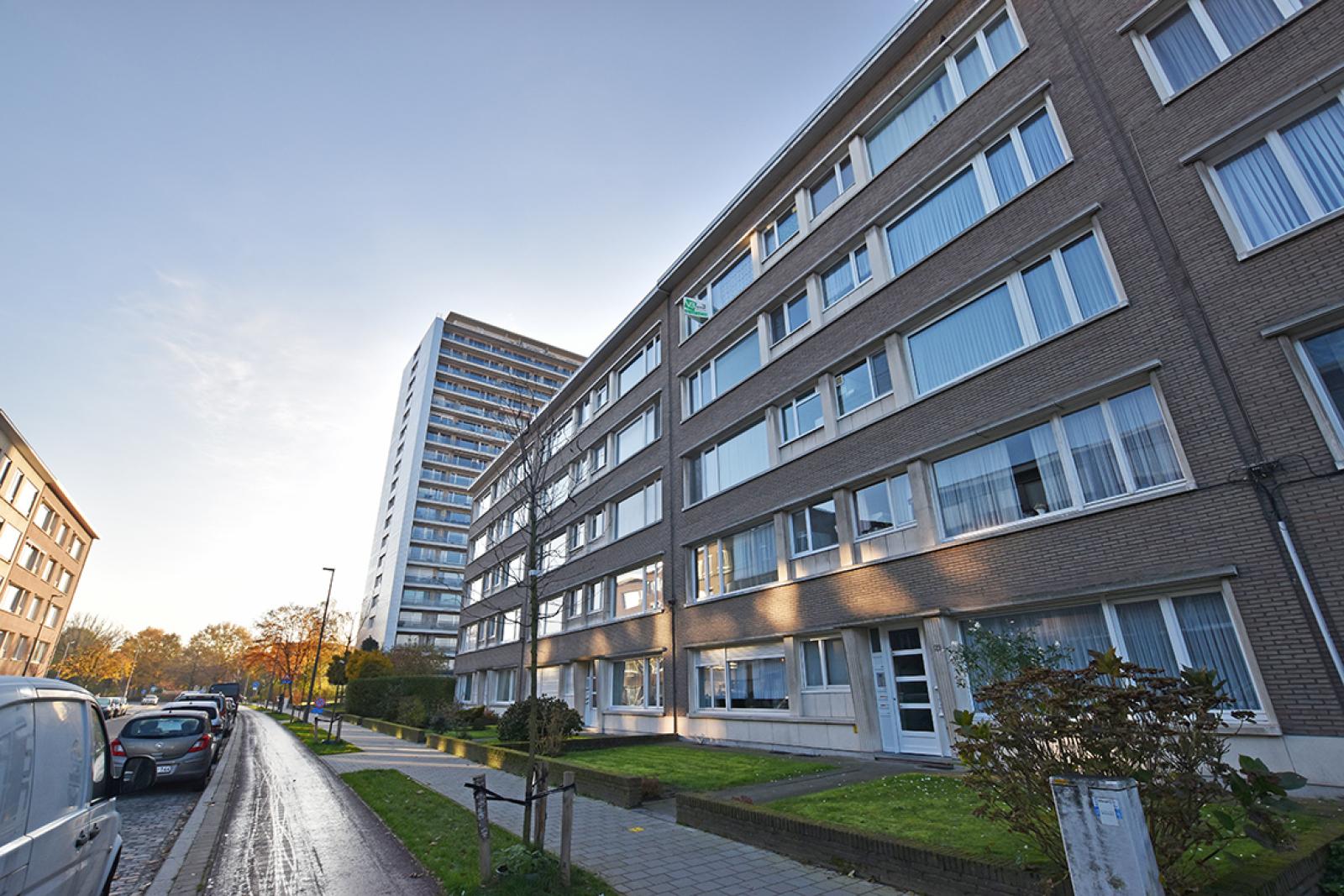 Verzorgd appartement met twee slaapkamers en terras te Wilrijk! afbeelding 17