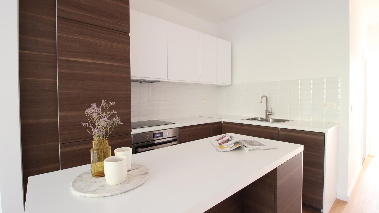 Gerenoveerd appartement met twee slaapkamers op centrale ligging te Mortsel! afbeelding 2