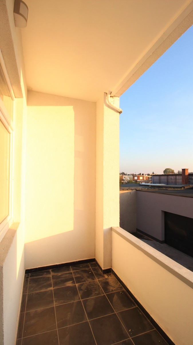 Gerenoveerd appartement met twee slaapkamers op centrale ligging te Mortsel! afbeelding 9