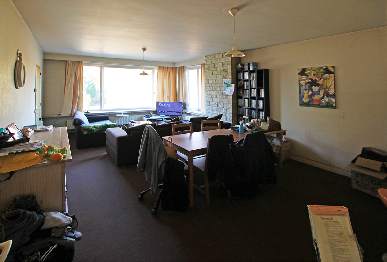 Ruim te renoveren appartement met staanplaats op zeer gunstige locatie te Kapellen afbeelding 4