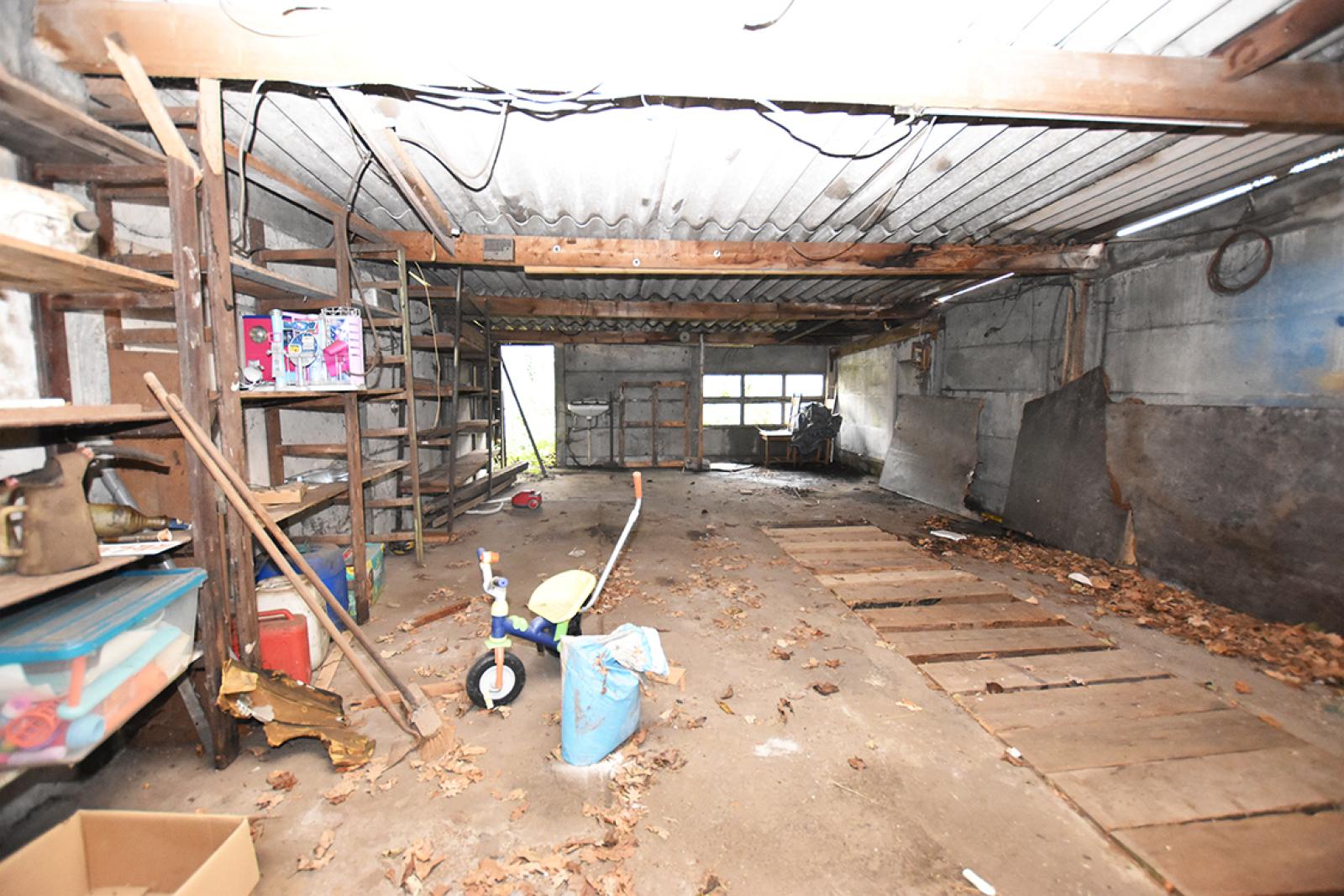 Te renoveren woning met twee slaapkamers in centrum Wijnegem! afbeelding 12