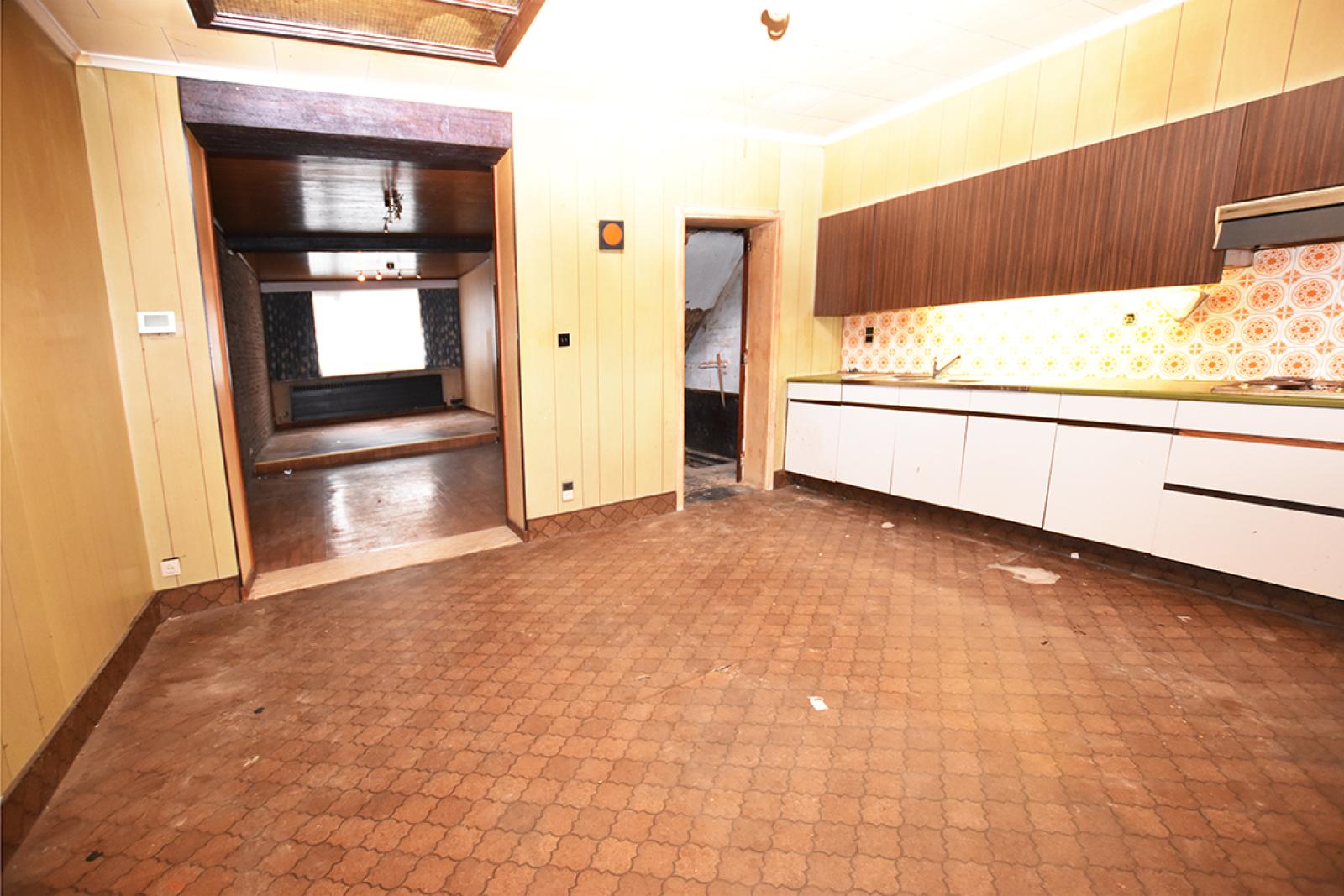 Te renoveren woning met twee slaapkamers in centrum Wijnegem! afbeelding 5