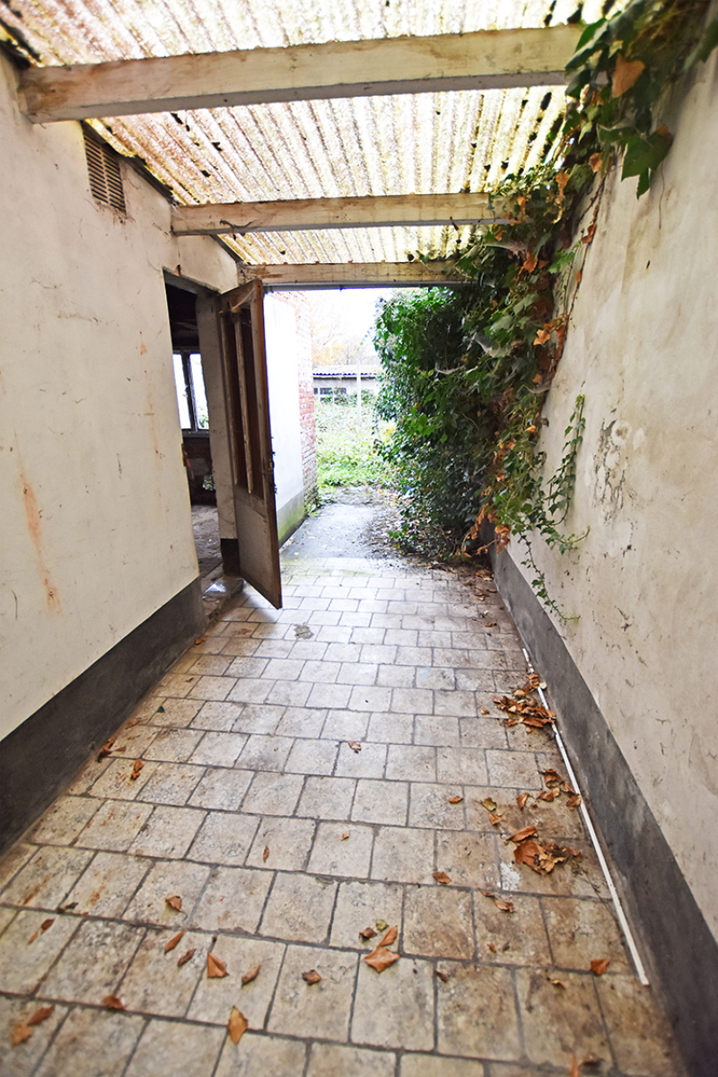 Te renoveren woning met twee slaapkamers in centrum Wijnegem! afbeelding 10
