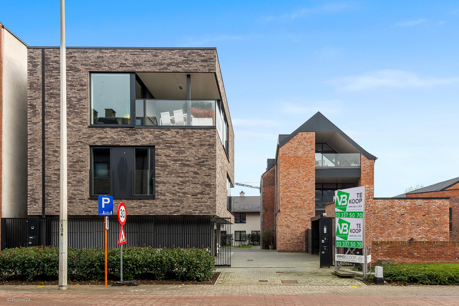 Riant vernieuwd appartement (147 m²) op centrale ligging te Walem! afbeelding 10