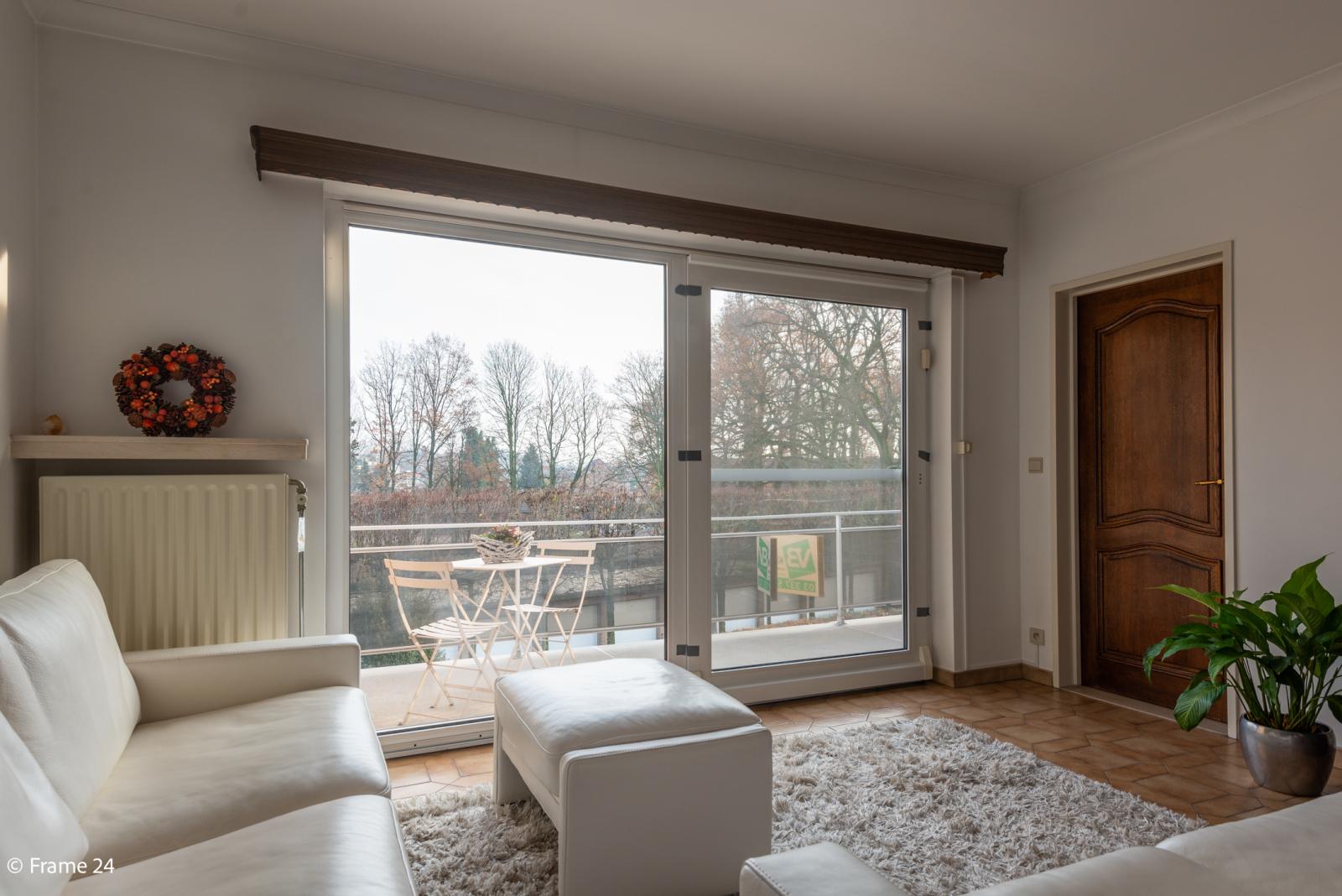 Knus appartement met één slaapkamer, terras en garagebox te Merksem! afbeelding 3