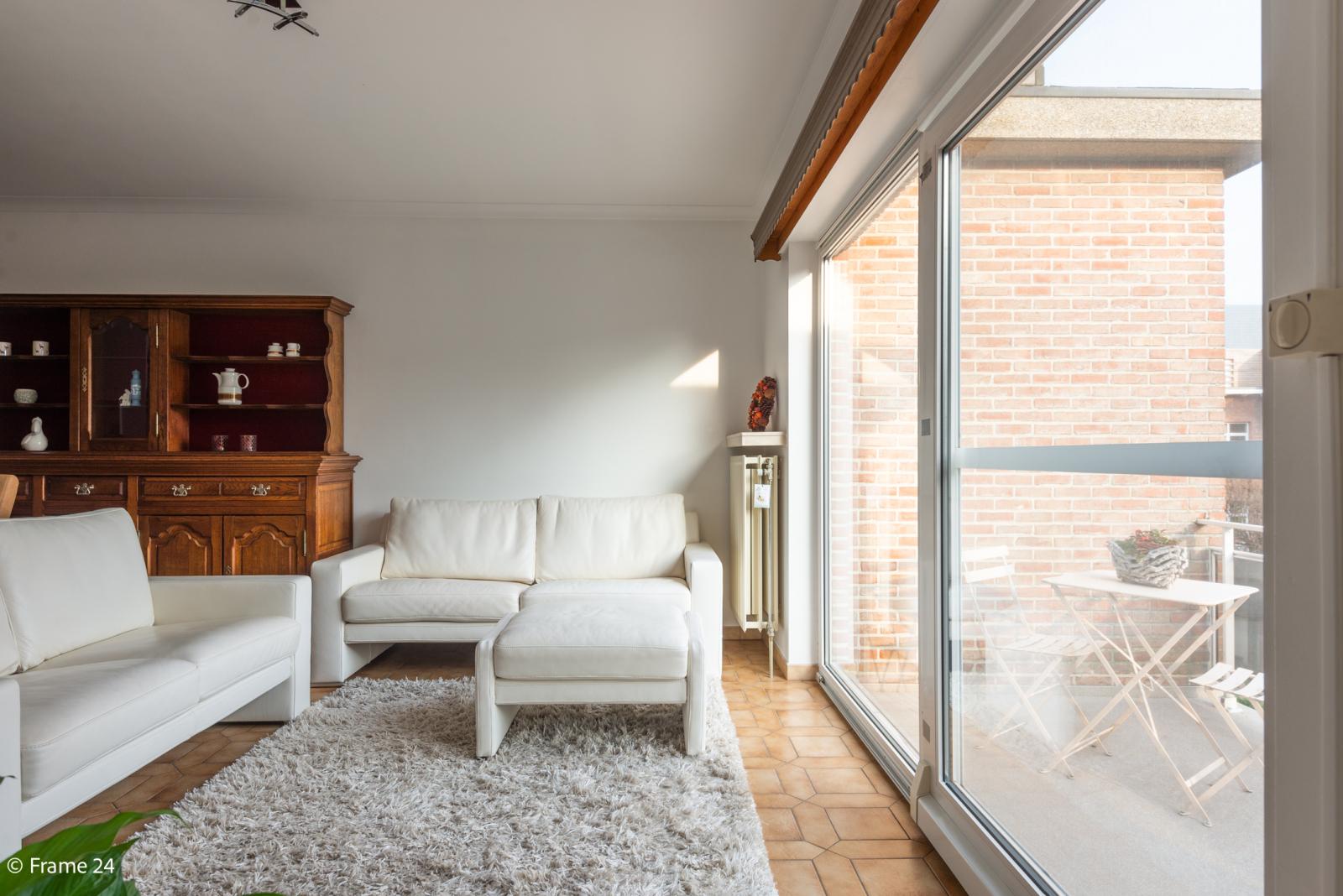 Knus appartement met één slaapkamer, terras en garagebox te Merksem! afbeelding 4