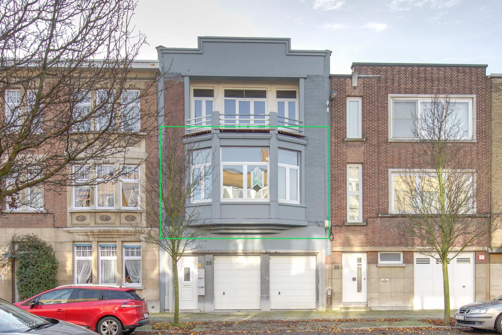 Prachtig gerenoveerd appartement (110 m²) met authentieke accenten en garage  te Antwerpen! afbeelding 14