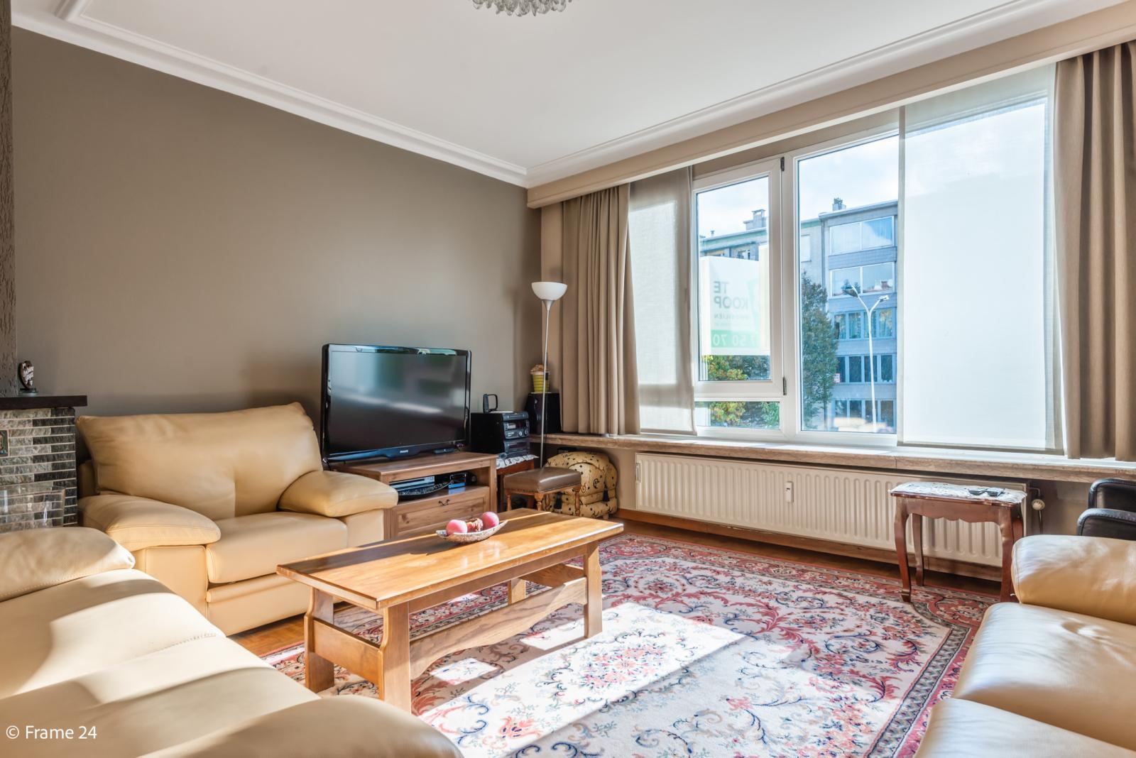 Zeer verzorgd en ruim appartement (101 m²) met lift op centrale locatie te Borgerhout! afbeelding 8
