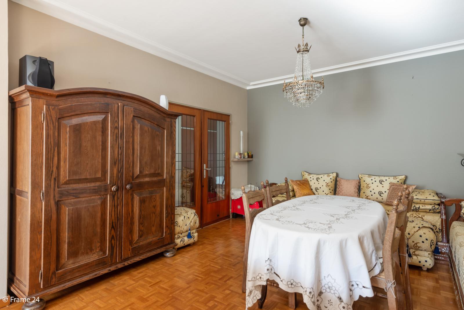 Zeer verzorgd en ruim appartement (101 m²) met lift op centrale locatie te Borgerhout! afbeelding 7