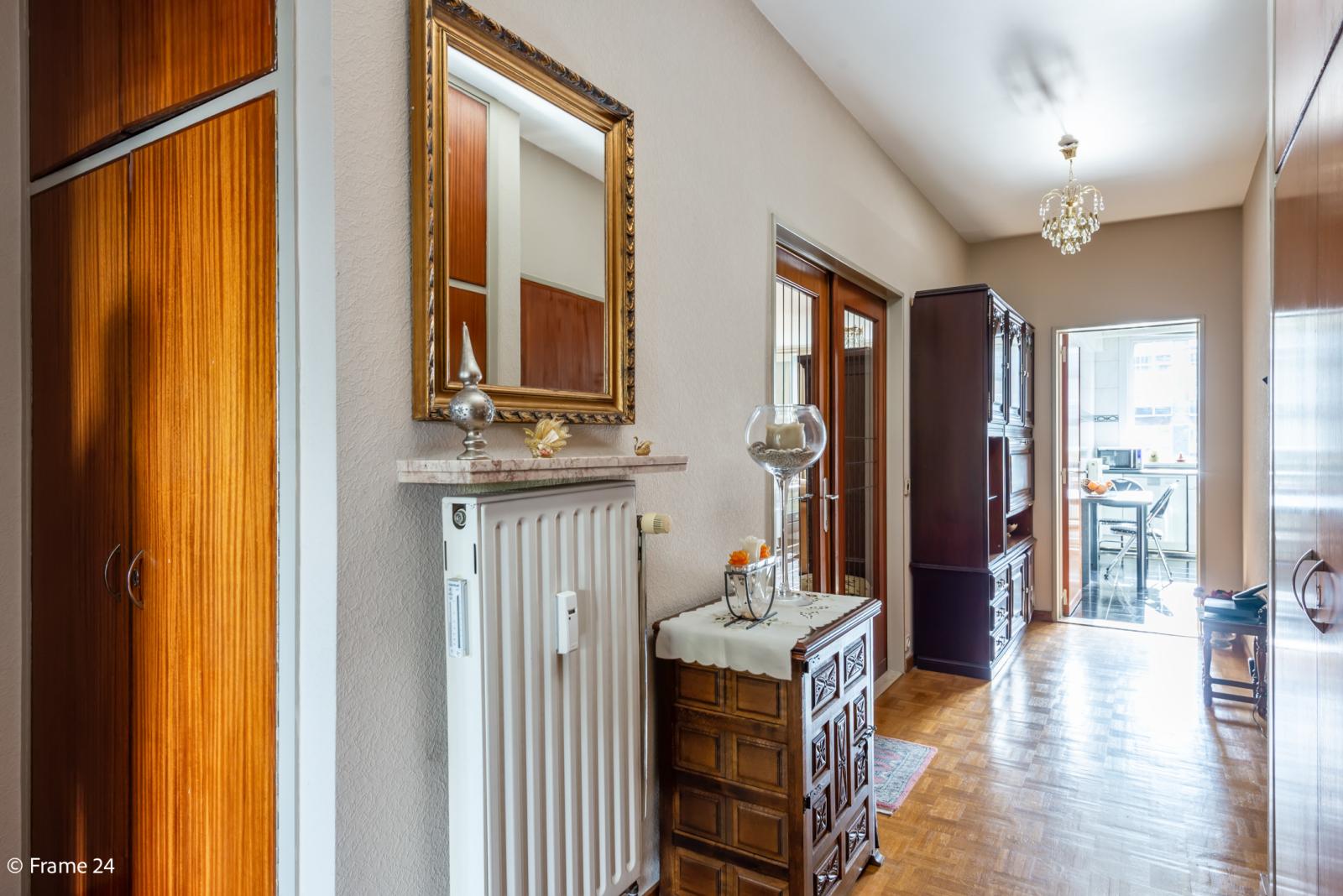 Zeer verzorgd en ruim appartement (101 m²) met lift op centrale locatie te Borgerhout! afbeelding 10