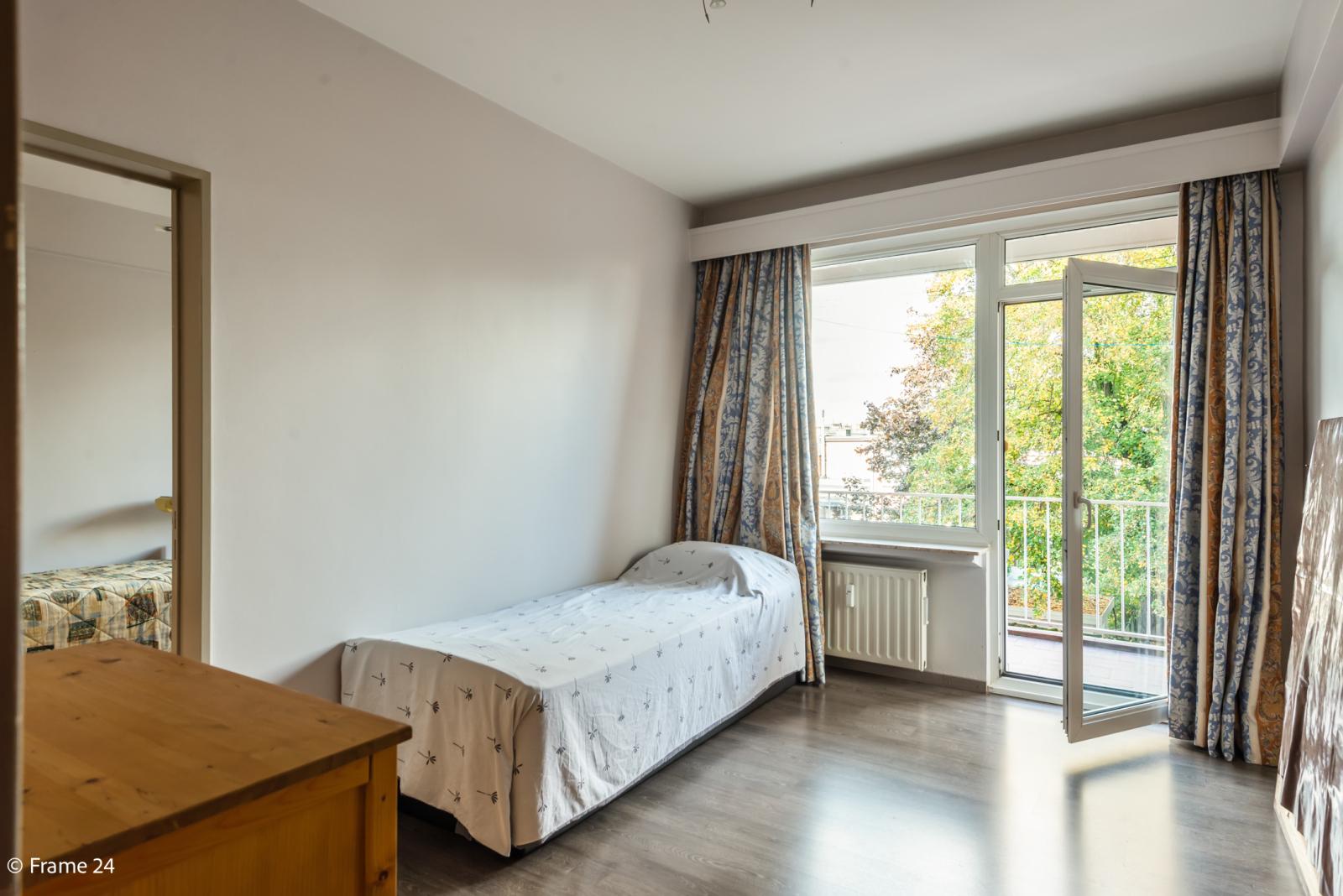 Zeer verzorgd en ruim appartement (101 m²) met lift op centrale locatie te Borgerhout! afbeelding 13