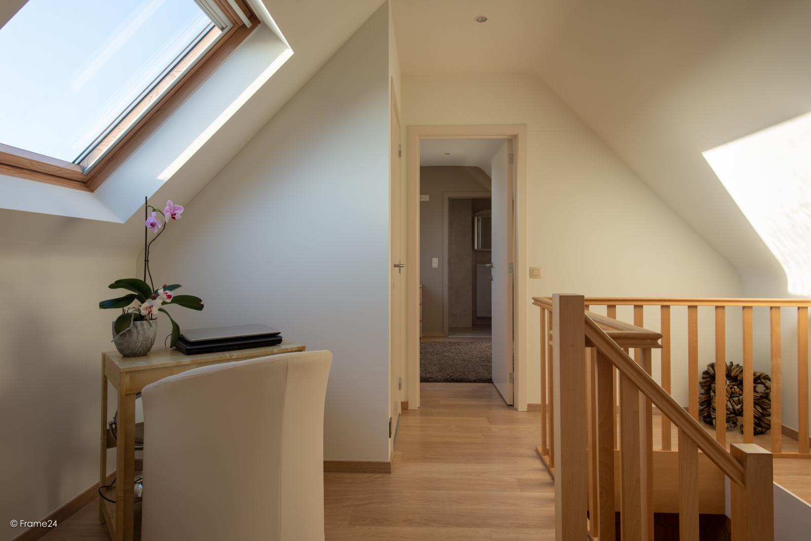 Riant dakappartement (130 m²) met zonnig terras in residentie 'Eyserhof' te Wijnegem! afbeelding 17