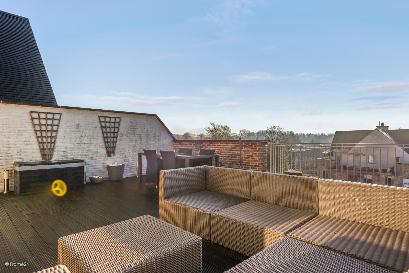 Riant dakappartement (130 m²) met zonnig terras in residentie 'Eyserhof' te Wijnegem! afbeelding 15