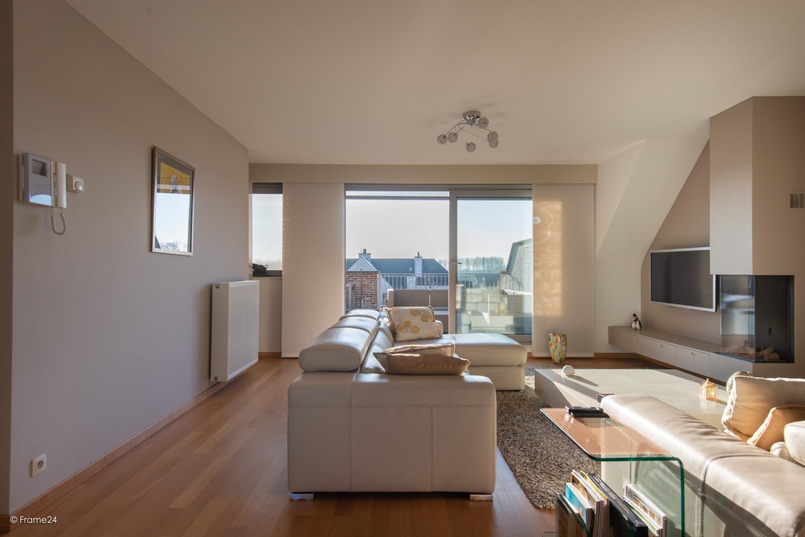 Riant dakappartement (130 m²) met zonnig terras in residentie 'Eyserhof' te Wijnegem! afbeelding 14