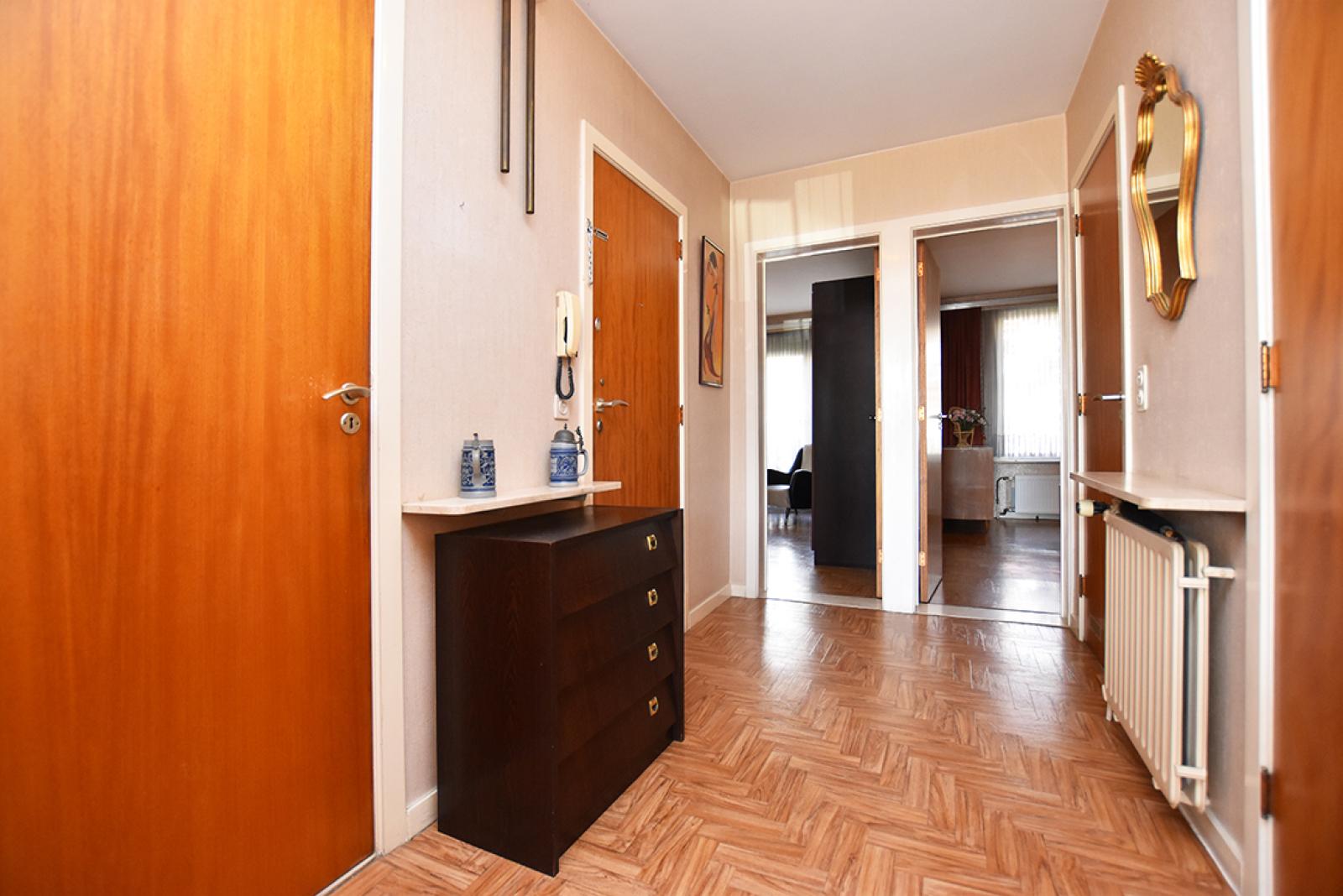 Te renoveren appartement met twee slaapkamers in een rustige straat te Deurne!  afbeelding 8