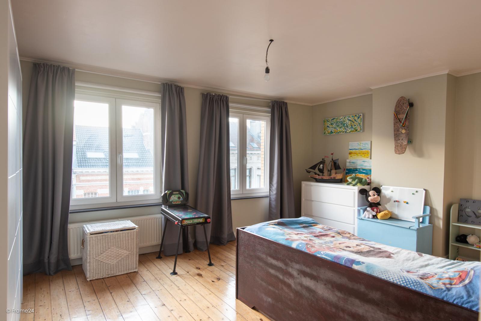 Riante woning in art-nouveaustijl met vijf slaapkamers in een prachtige laan te Wilrijk!  afbeelding 27