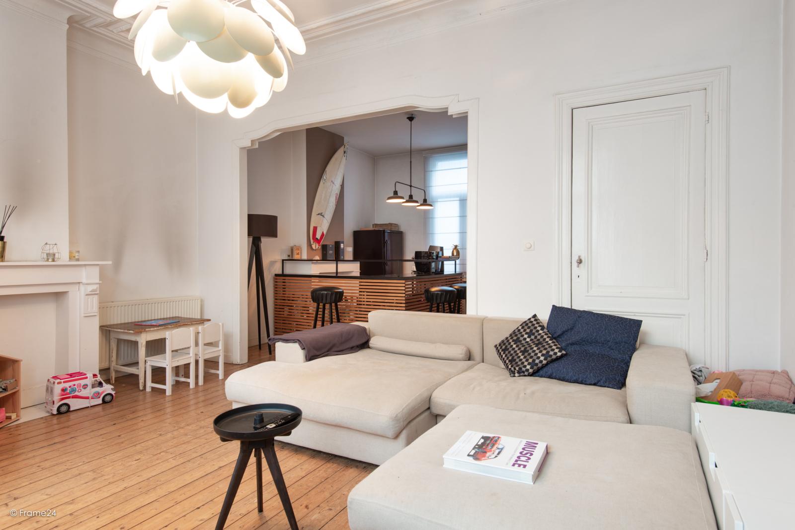 Riante woning in art-nouveaustijl met vijf slaapkamers in een prachtige laan te Wilrijk!  afbeelding 14