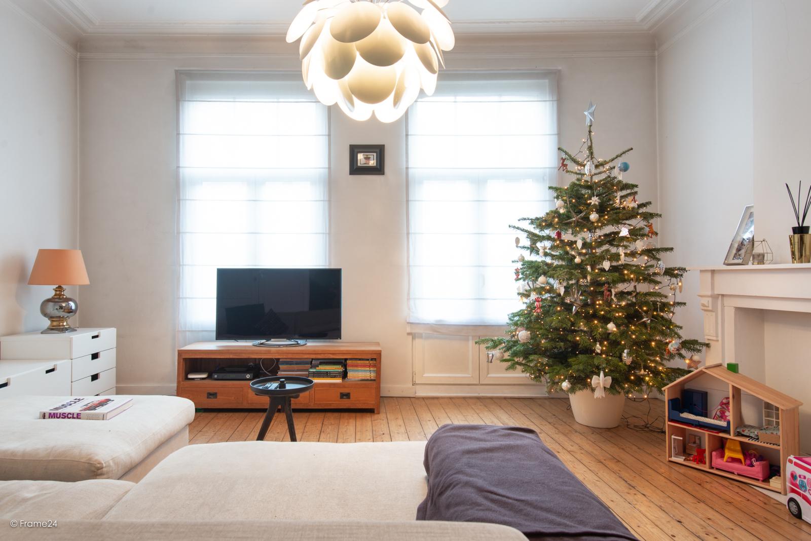 Riante woning in art-nouveaustijl met vijf slaapkamers in een prachtige laan te Wilrijk!  afbeelding 12
