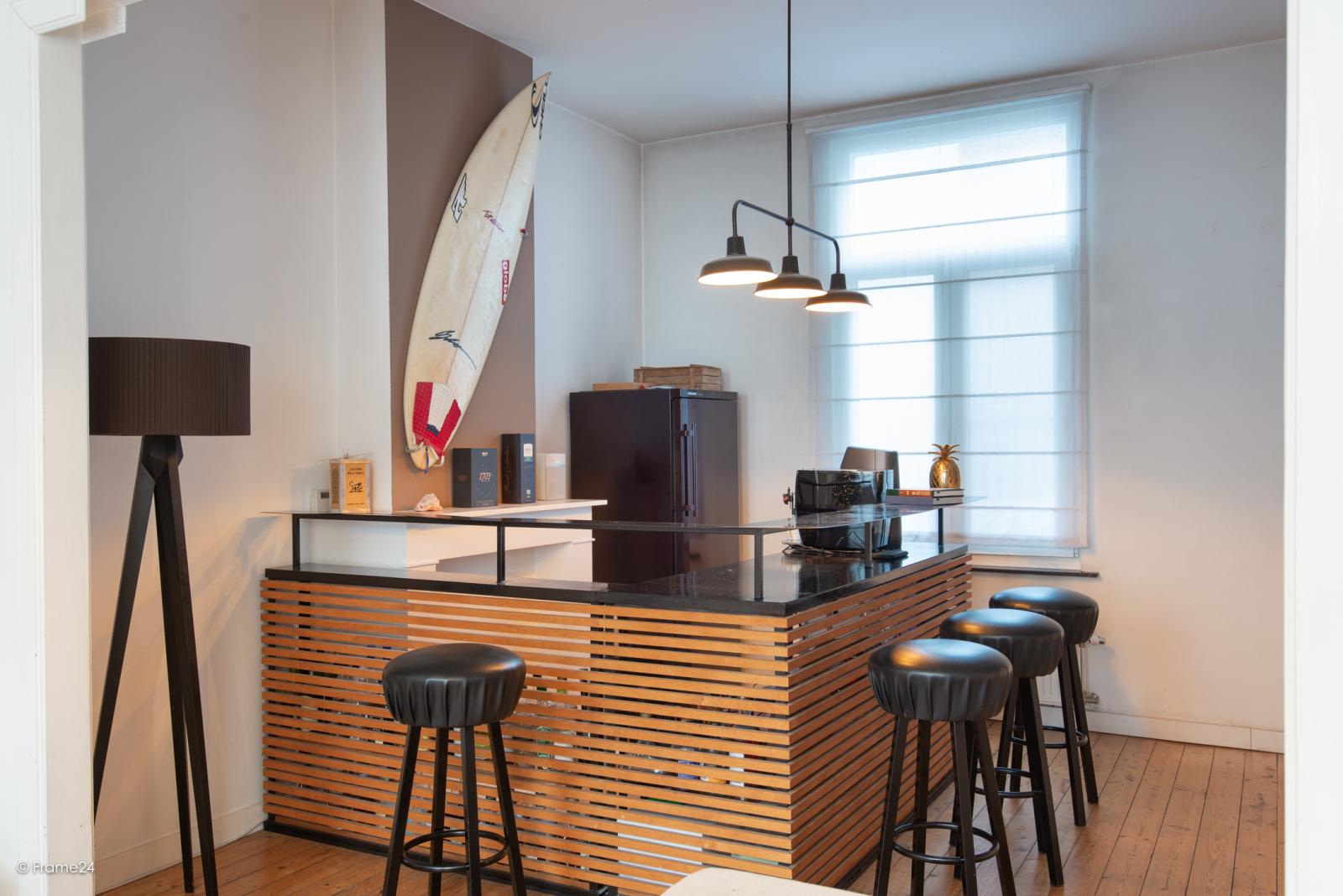 Riante woning in art-nouveaustijl met vijf slaapkamers in een prachtige laan te Wilrijk!  afbeelding 16