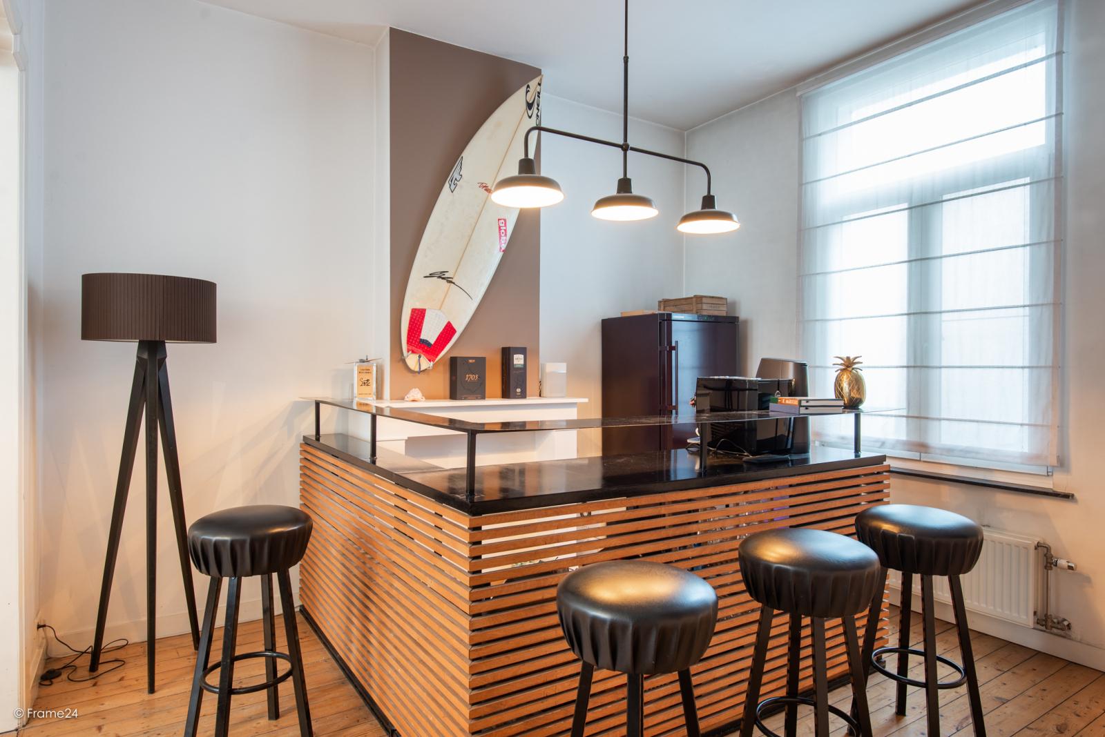 Riante woning in art-nouveaustijl met vijf slaapkamers in een prachtige laan te Wilrijk!  afbeelding 17