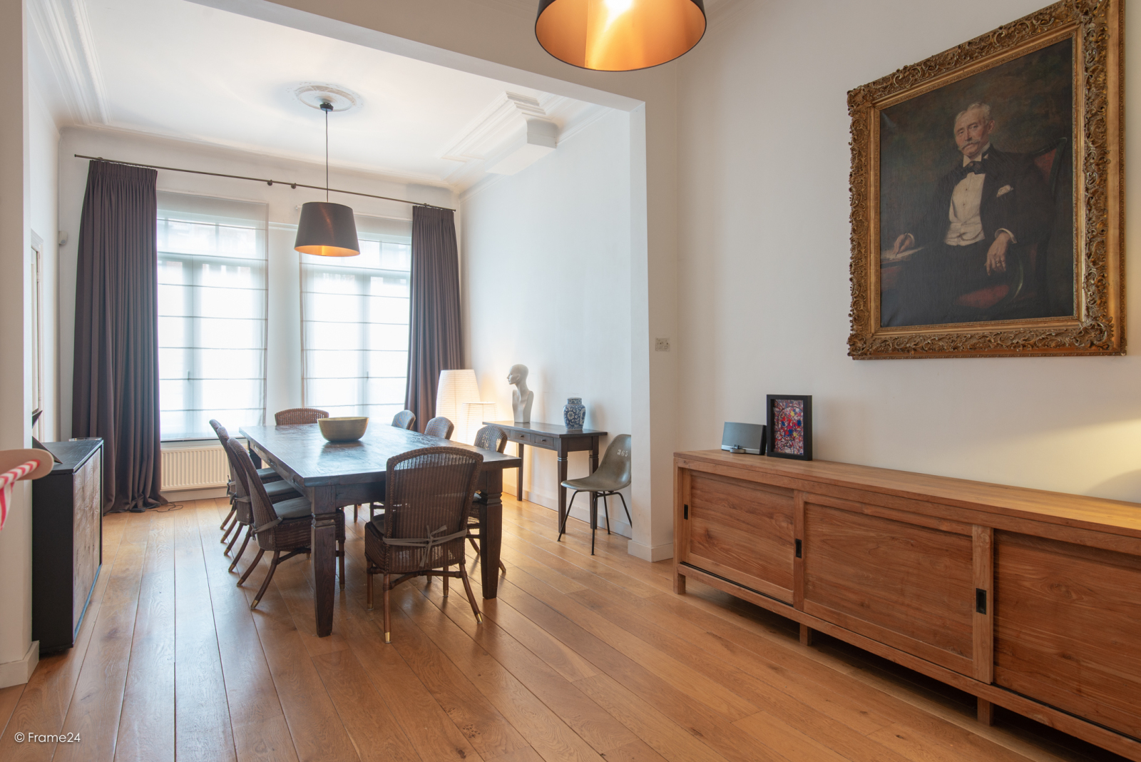 Riante woning in art-nouveaustijl met vijf slaapkamers in een prachtige laan te Wilrijk!  afbeelding 2