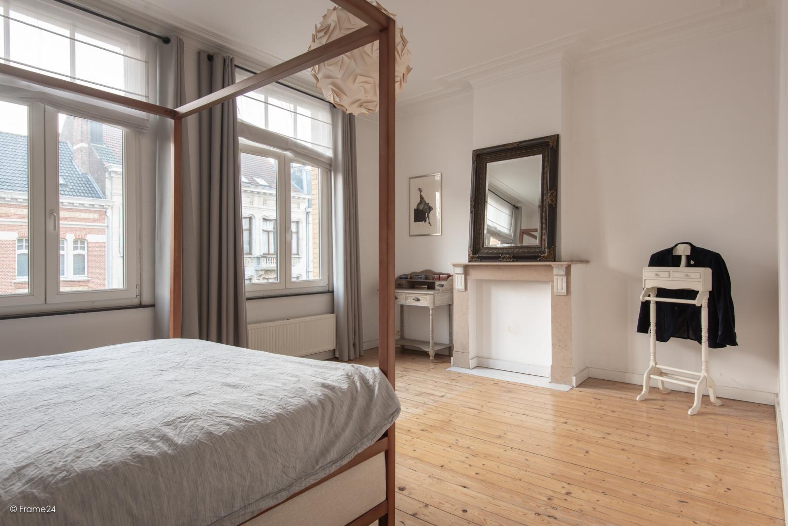 Riante woning in art-nouveaustijl met vijf slaapkamers in een prachtige laan te Wilrijk!  afbeelding 22