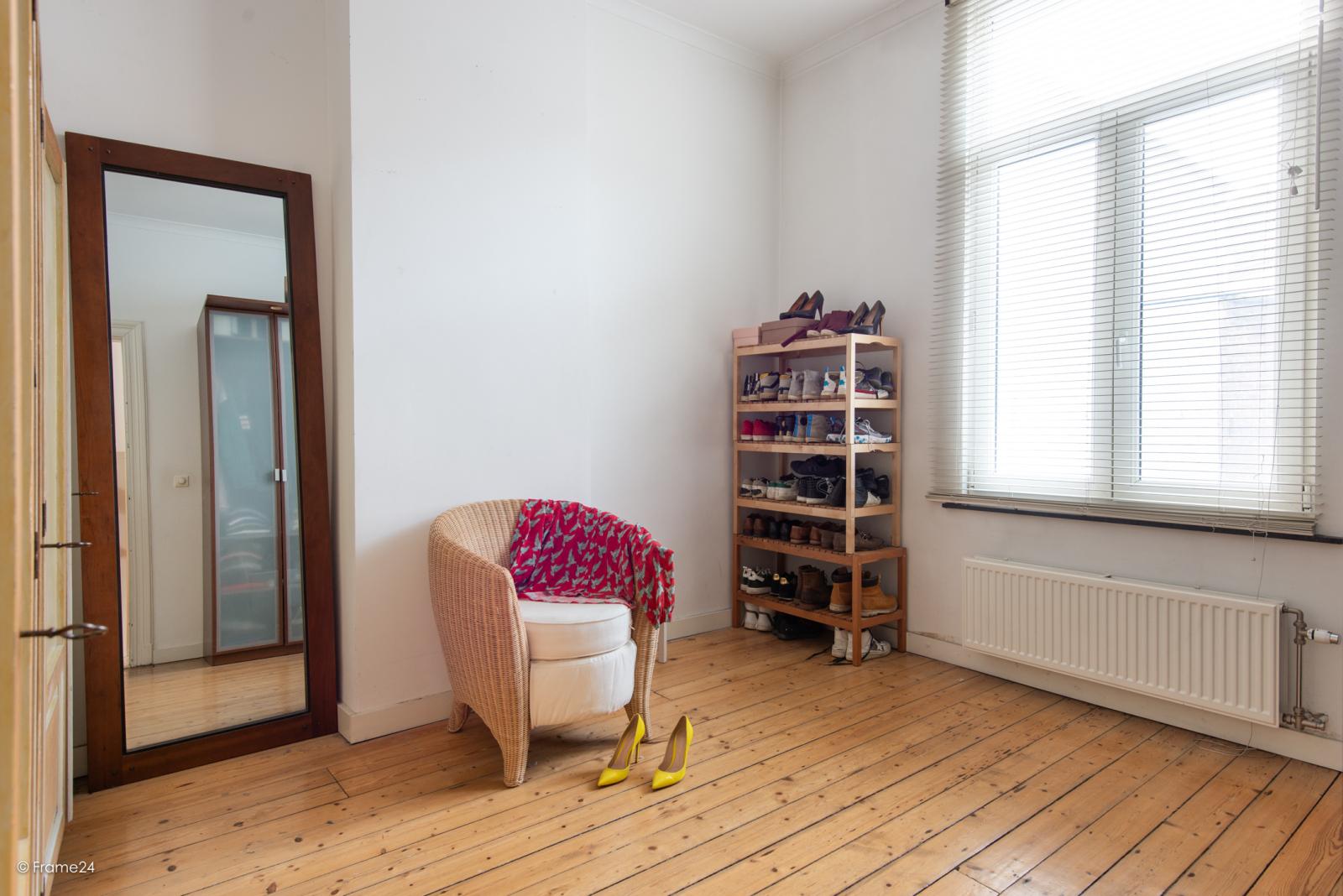 Riante woning in art-nouveaustijl met vijf slaapkamers in een prachtige laan te Wilrijk!  afbeelding 23