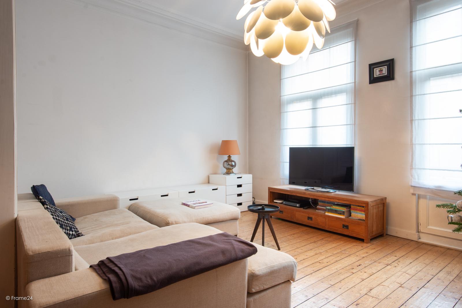 Riante woning in art-nouveaustijl met vijf slaapkamers in een prachtige laan te Wilrijk!  afbeelding 13