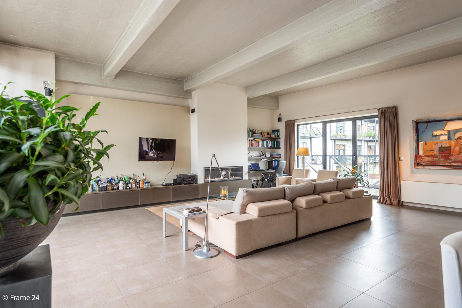 Riante loft (135 m²) met drie terrassen (53 m²) te Borgerhout! afbeelding 3