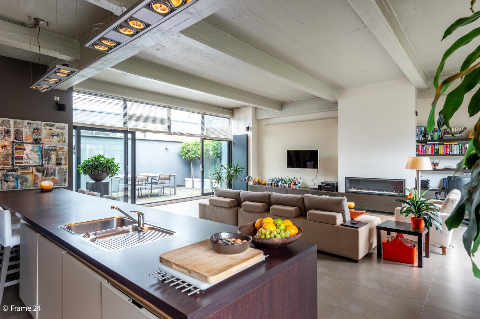 Riante loft (135 m²) met drie terrassen (53 m²) te Borgerhout! afbeelding 2